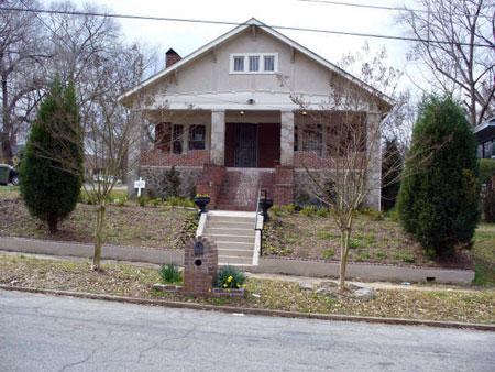 445 Hopkins Street Exterior