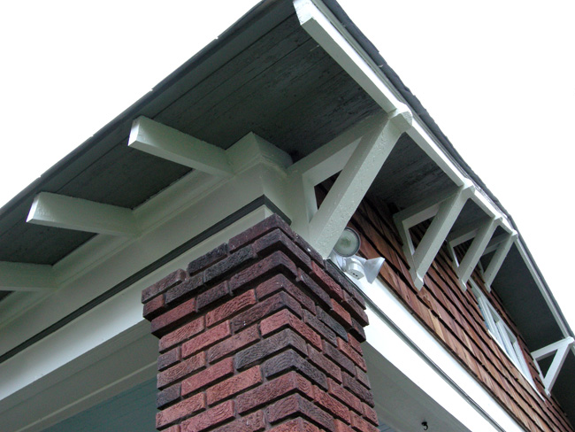 Bungalow bracket detail