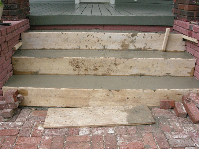 Bungalow entry stair replacement